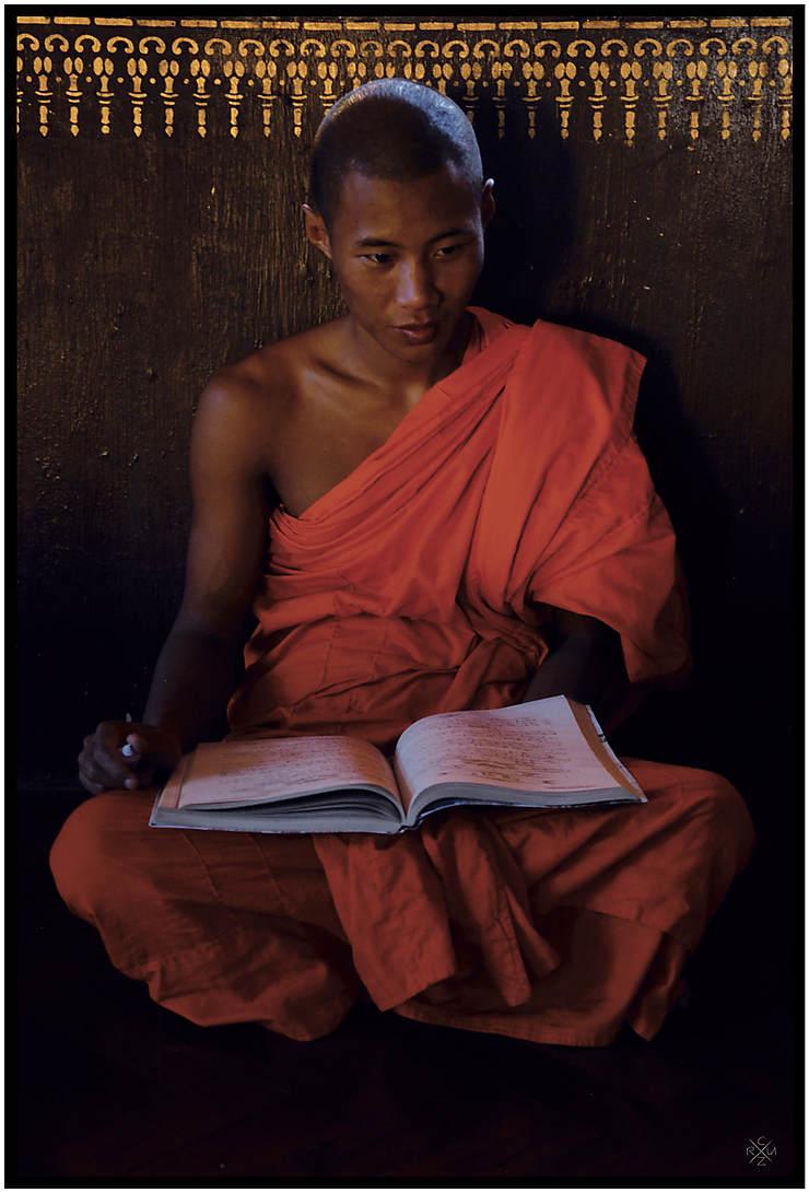 Jeune moine dans un monastère à Kyaing Tong, Birmanie