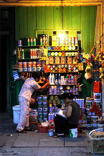 Etals dans les rues d'Hanoi