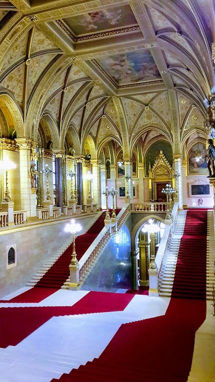 Parlement de style néogothique