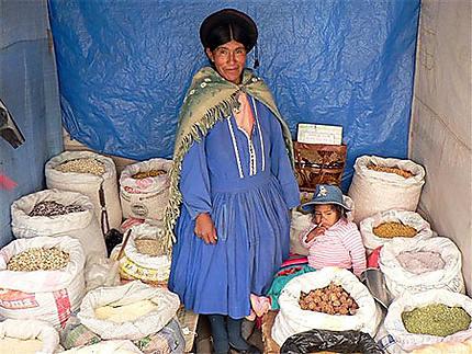 Indienne Aymara au marché d'Uyuni