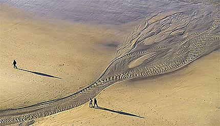 Promenade à marée basse sur la plage d'Escalles