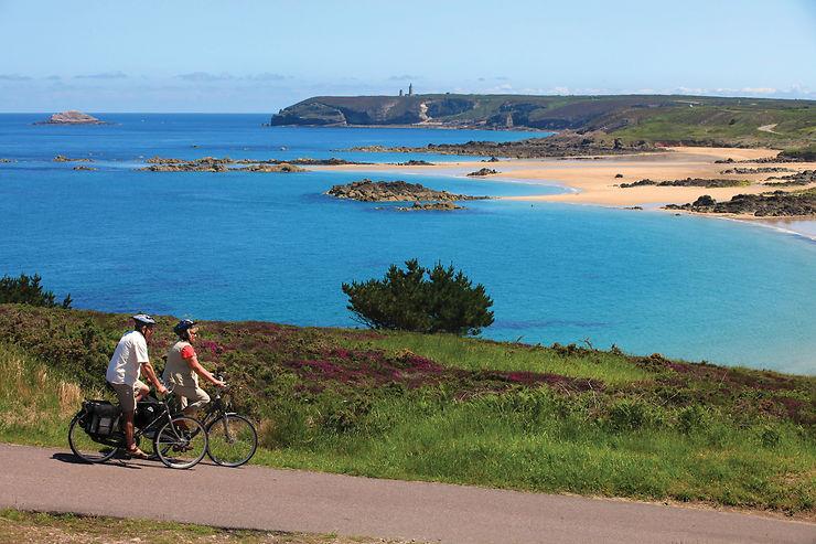 Le Tour de Manche - En France et en Angleterre