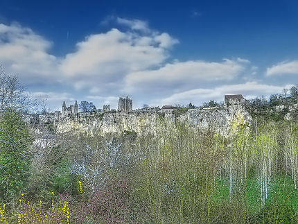 Ruines du Château d'Angles-sur-l'Anglin