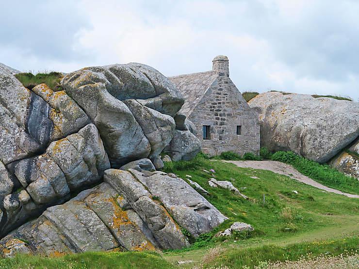 Le Finistère, sur la côte des Légendes