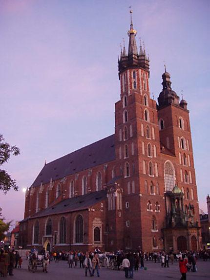 Coucher de soleil sur la cathédrale de Cracovie