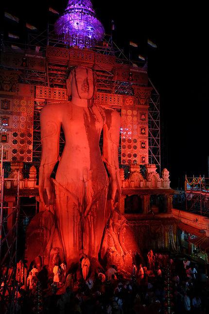 Statue de Bahubali