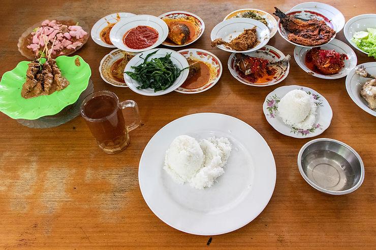 La cuisine Padang, célébrité nationale