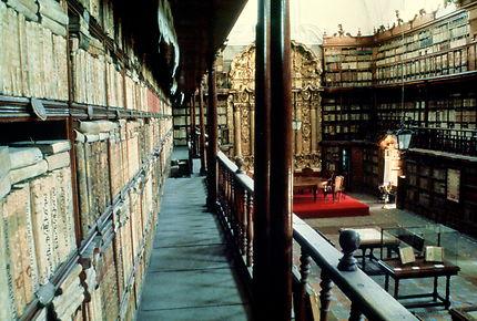 Puebla : bibliothèque Palafoxiana