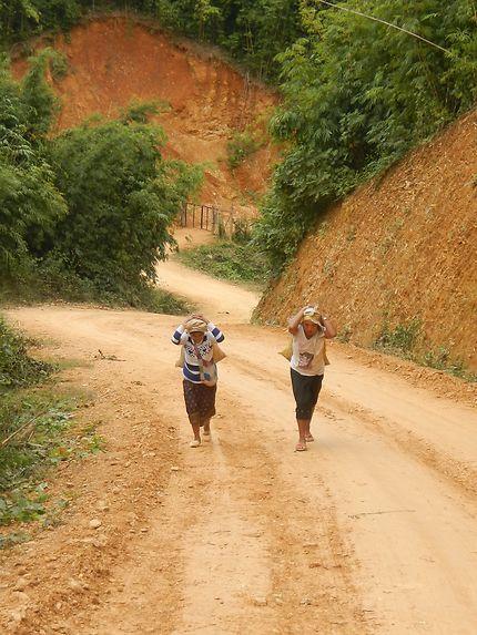 Rencontre à Nong Khiaw