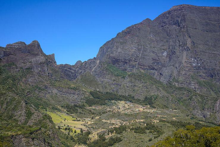 Dimitile : le massif oublié de la Réunion