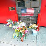 Hommage fleuri aux pompiers du 11/9