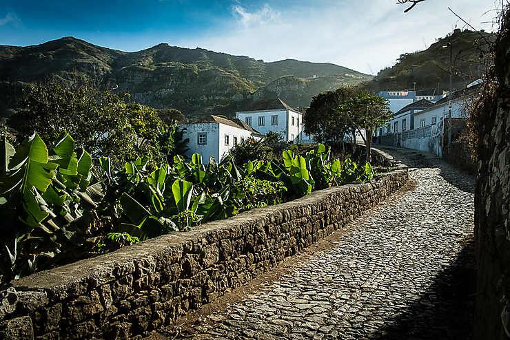 Les maisons blanches de Nova Sintra (Île de Brava)