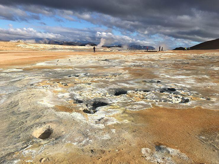 Merveilles géologiques au Lac Mývatn, Islande
