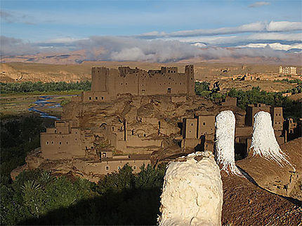 Ruines kasbat de construction en pisé