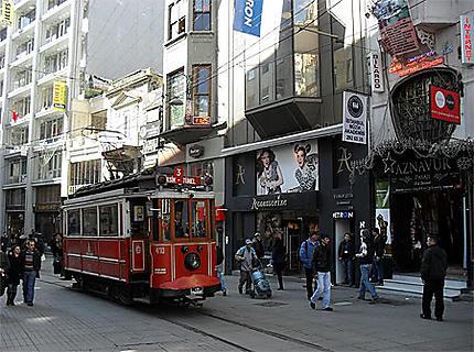 Istiklâl Caddesi