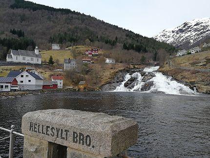 Hellesylt, le départ du ferry pour rejoindre Geira