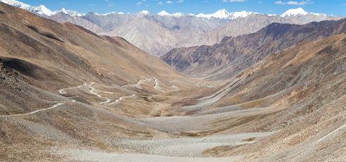 Les routes les plus spectaculaires du monde - Daniel Prudek - Fotolia