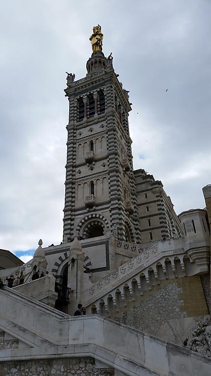 Au pied de Notre Dame de la Garde