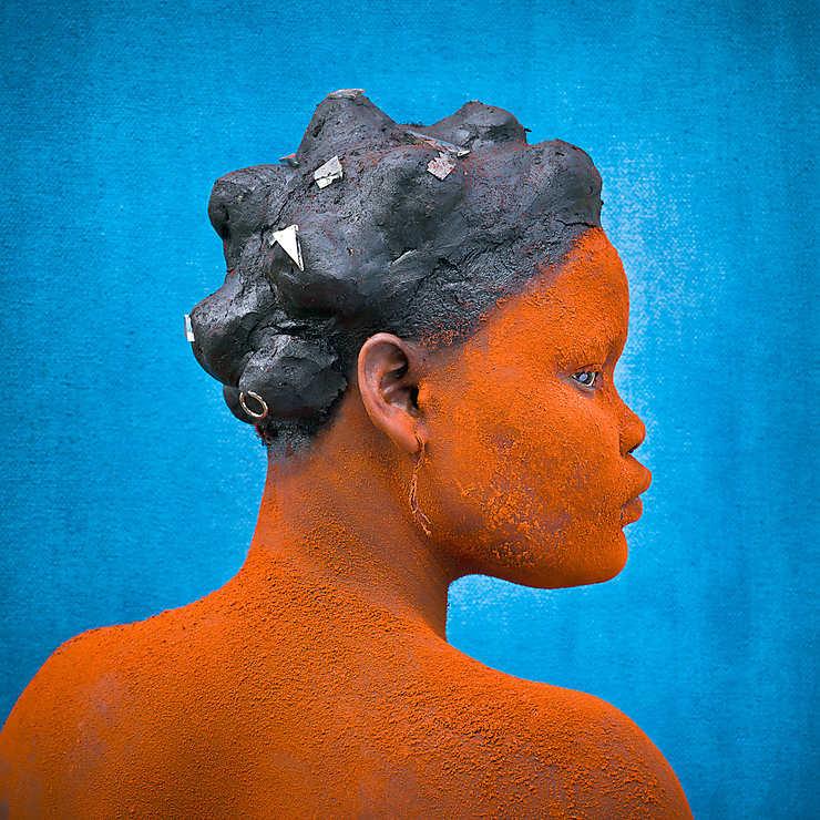 Jeune mère Ekonda, République démocratique du Congo