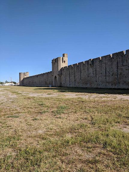 Espace non bati devant les remparts, Aigues-Mortes