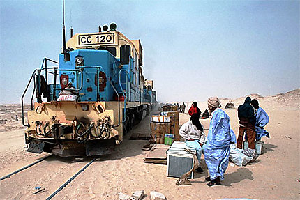 TRAIN de la SNIM Zouerat Nouadhibou : Transport : Nouadhibou : Côte  Atlantique : Mauritanie : Routard.com