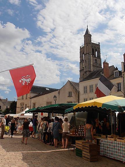 Tour St Paul et marché