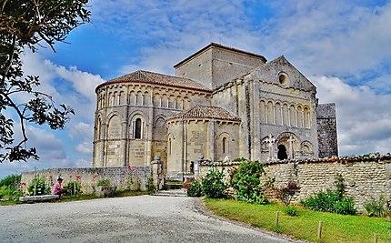 Edifiée à partir du XI siècle