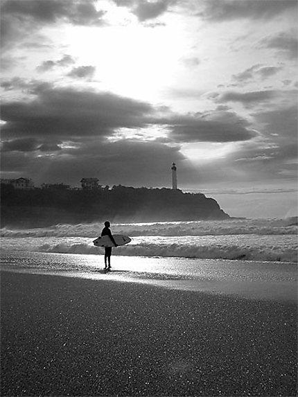 Surfeur à Anglet