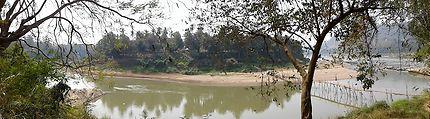 Pointe Nord de Luang Prabang et pont en bambou
