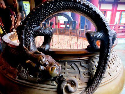 Encensoir dragon