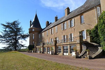 Château de Villemolin dans la Nièvre