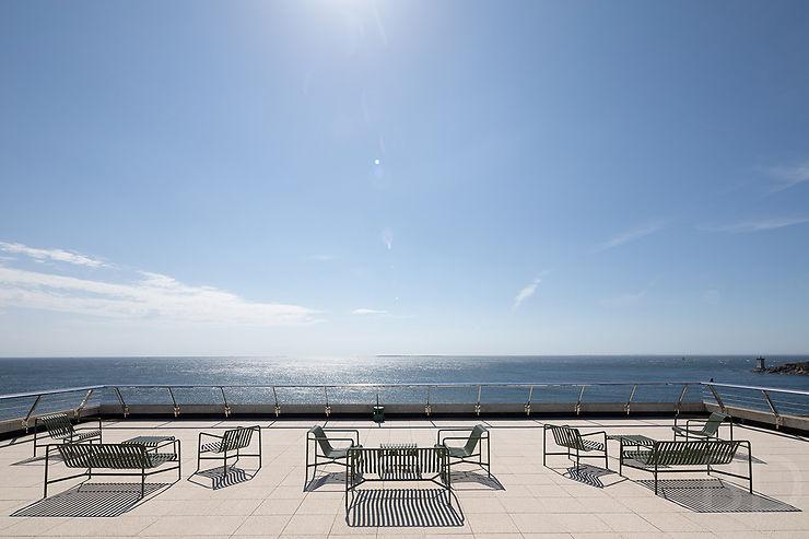 Bar-rooftop panoramique et restaurant ouverts à tous