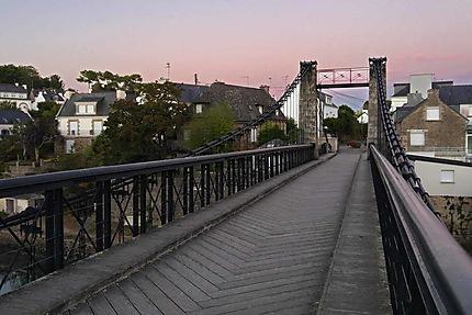 Le Bono - sur le vieux pont
