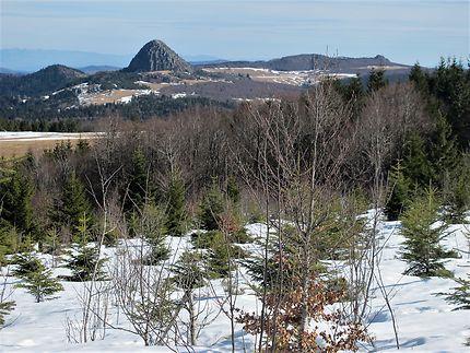 Le Gerbier des Joncs sous la neige, Auvergne