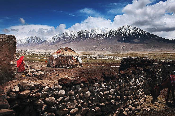 La yourte est l'habitat traditionnel des tribus kirghizes du corridor du Wakhan, Afghanistan