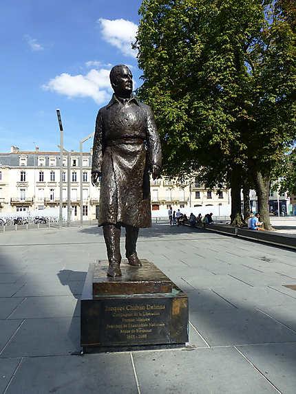 Statue de Chaban Delmas