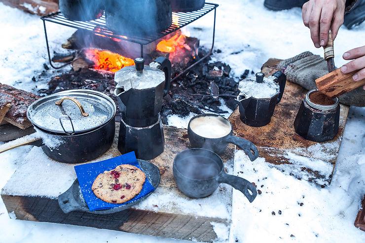 Café chaud dans la forêt d'Halipuu