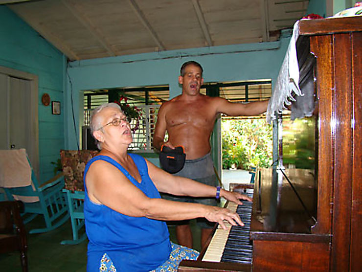 Premier mariage homo à Cuba