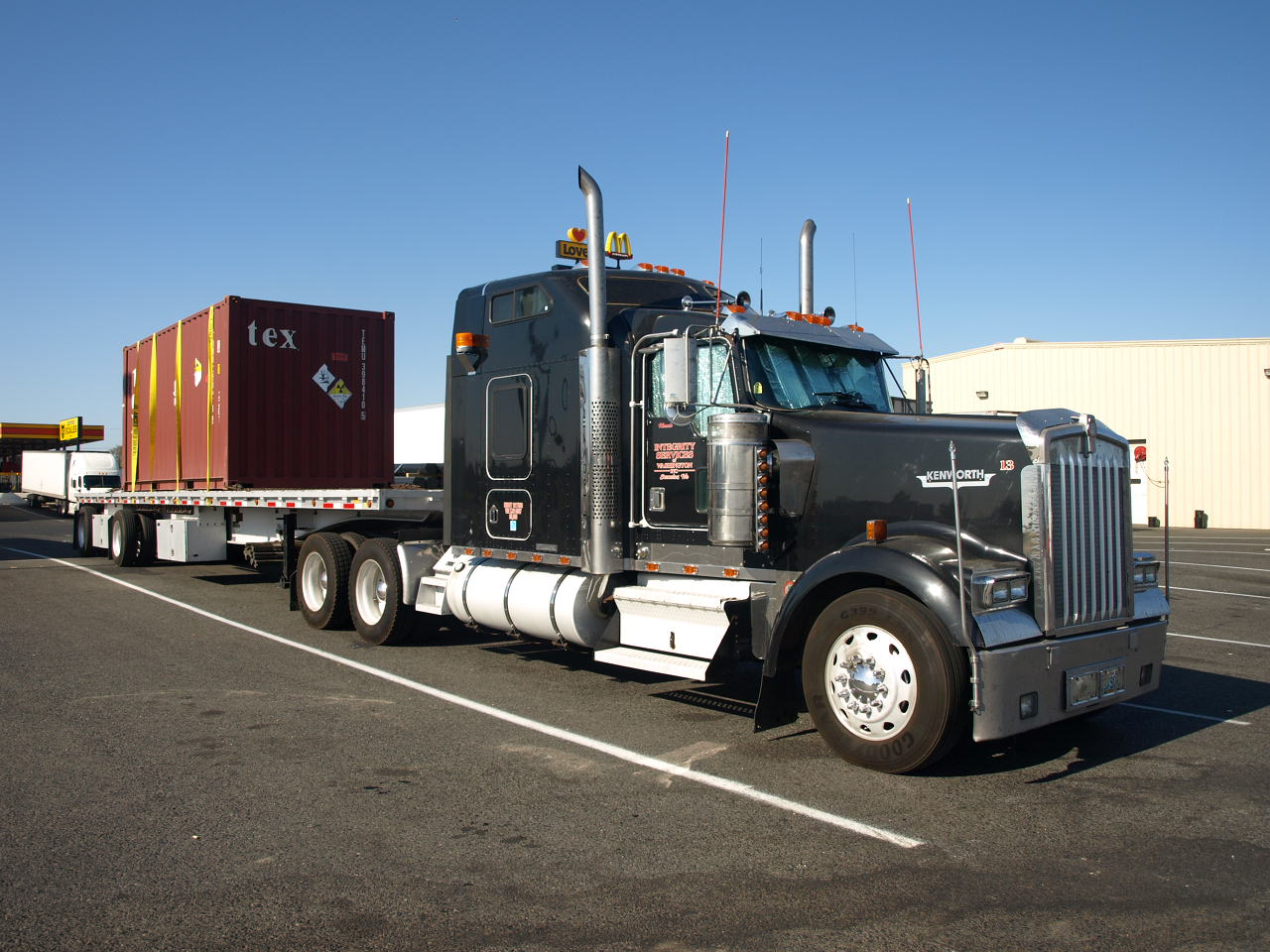 camion am ricain transport californie tats unis. Black Bedroom Furniture Sets. Home Design Ideas