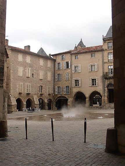 Fontaine de la Place Notre-Dame