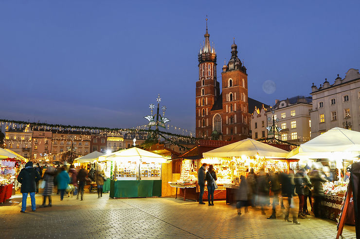 Concours de crèches et marché de Noël à Cracovie
