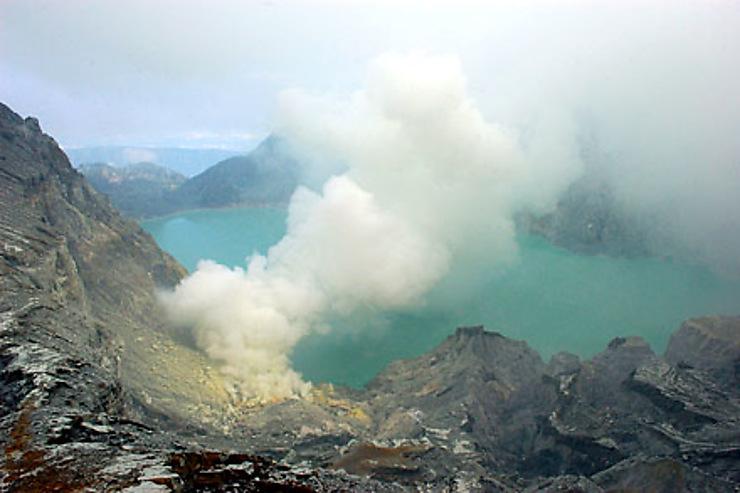 Volcans majestueux