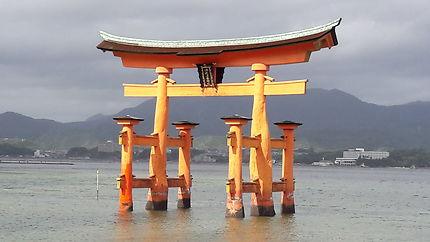 Itsukushima-jinja, Japon