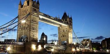 Londres : Dîner croisière sur la Tamise à prix réduit