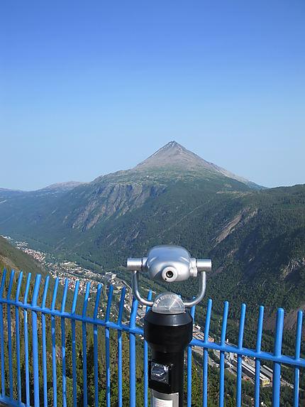 Vue sur mont Gausta (1183m)