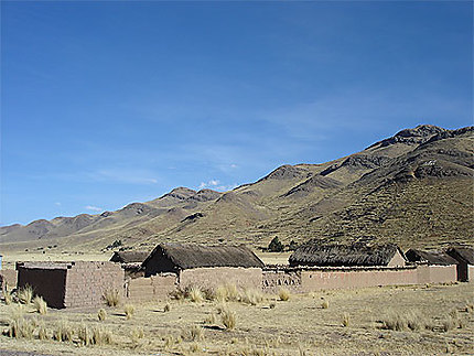 Petit village du haut-plateau