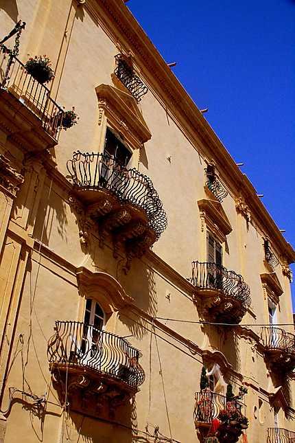 Noto : palais de la via Cavour