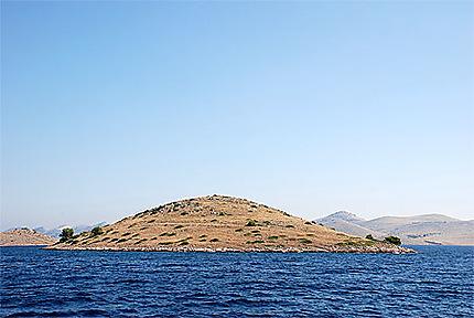 L'une des 147 îles de l'archipel des Kornati en majorité totalement désert
