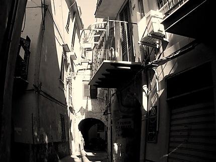 Charme et atmosphère d'une ruelle