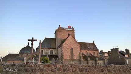 église de Barfleur au crépususcule